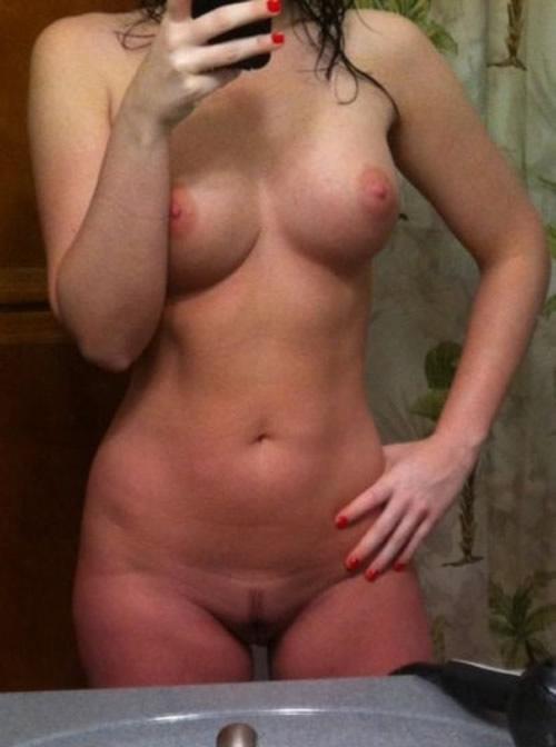 selfie-cuerpo-chica-desnuda